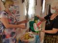В день семьи любви и верности православный кризисный  центр  «С верой в жизнь!»  предоставил продуктовую и вещевую помощь семьям г.Балашова